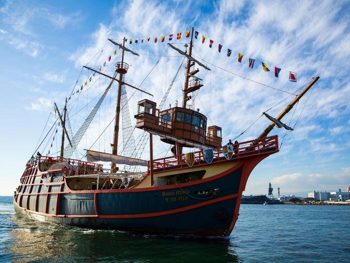 大阪港帆船型観光船サンタマリア